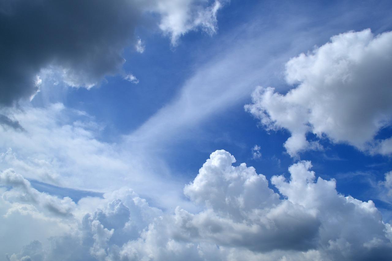 clouds-1169675_1280
